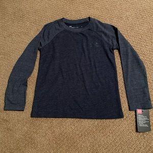 Under Armour boys long sleeve T-shirt. Size 4 NWT